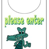 Printable Holiday Crocodile Welcome Door Knob Hanger - Printable Fun - Free Printable Activities