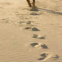 Printable Footprints In The Sand - Printable Pictures Of People - Free Printable Pictures