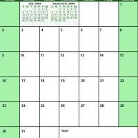 Green August 2009 Calendar