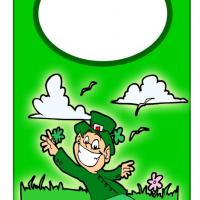 Printable St. Patricks Day Door Hanger - Printable Fun - Free Printable Activities