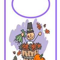 Printable Thanksgiving Door Hanger - Printable Fun - Free Printable Activities